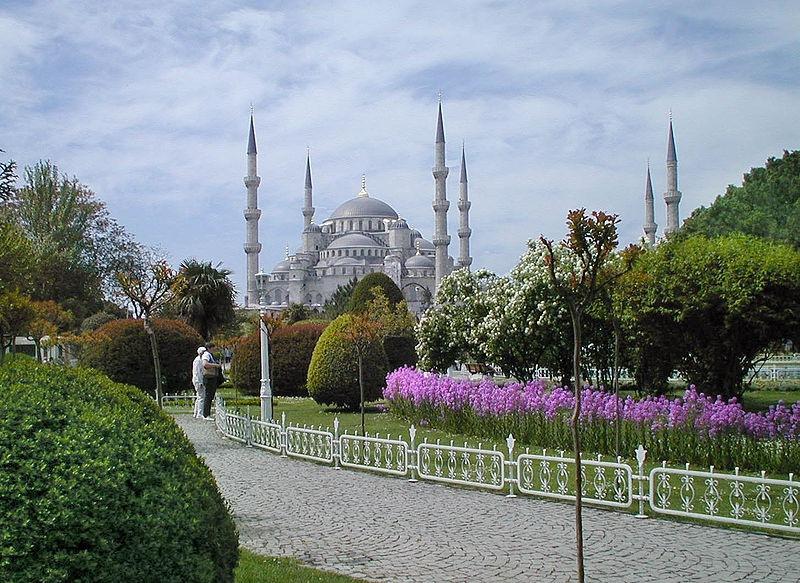 800px-Blue_mosque2