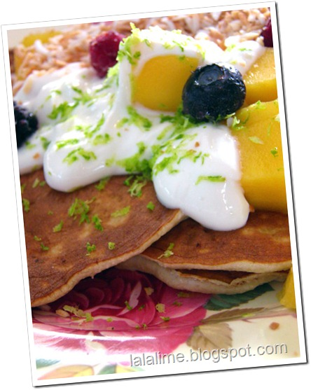 2-ingred-pancakes_lalalimedotblogspotdotcom