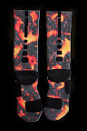nike basketball elite lebron socks lava 1 01 Matching Nike Basketball Elite Socks for LeBron 9 Miami Vice