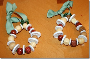 2011-12-07 Bead & Button Wreaths