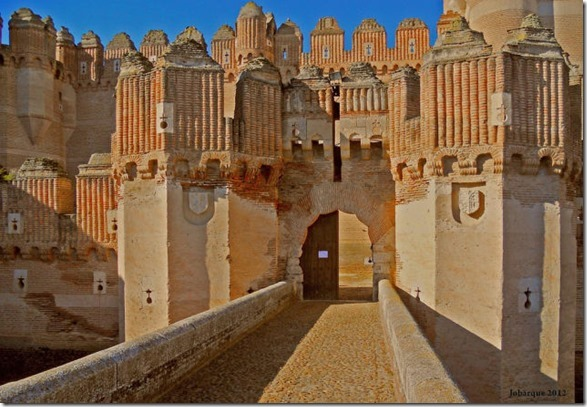 real-life-castles-11