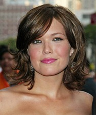 Medium-Layered-Bob-Hair-Style-2011