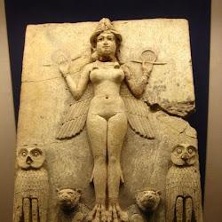 28 - Relieve paleobabilonico la reina de la noche