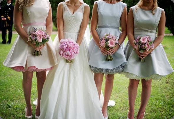 bridesmaids olivia_matt-978 Alexander Leaman photo and fairy nuff flowers