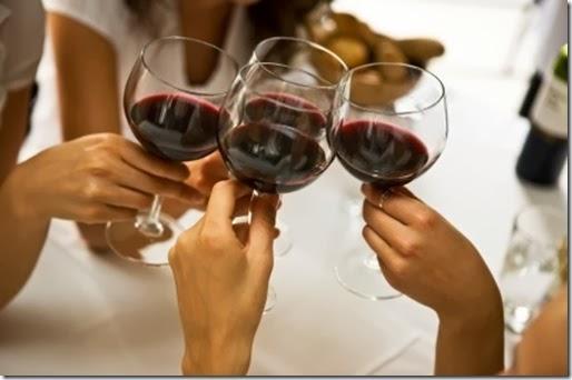 brinde-vinho-e-delicias