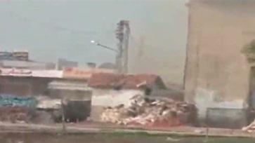 111225045701-pkg-lister-syria-homs-siege-00020026-story-top