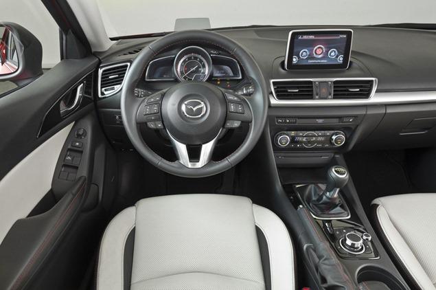 New-2014-Mazda3-Sedan-5