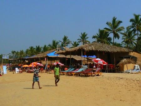 31. Plaja Sinquerim Goa.JPG