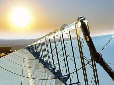 planta-termo-solar-panel-solar-parabolico