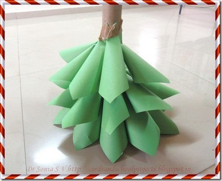 Paper Christmas tree 12