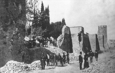 breccia_porta_pia foto ravvicinata 1870