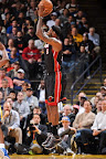 lebron james nba 130116 mia at gsw 02 King James Becomes Youngest to 20k Points in LeBron X PE