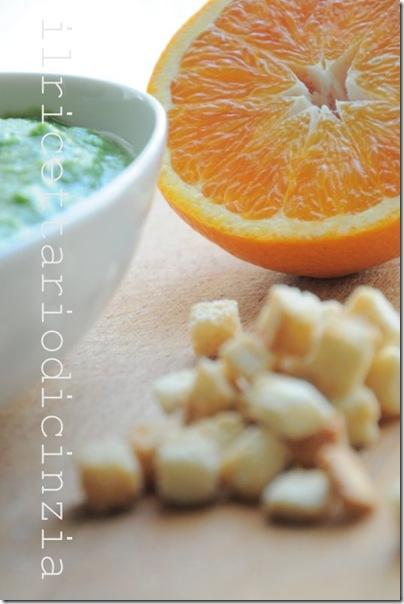 Vellutata di broccoli e arancia + crostini alla polvere di arancia