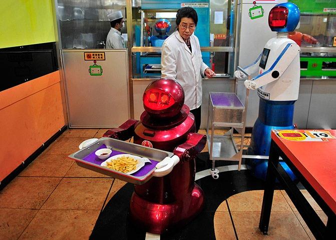 robot-restaurant-8
