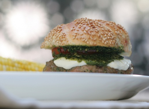 pesto turkey burger 1