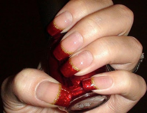 Glittering-Red-Christmas-Nails (1)
