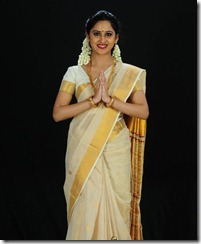 malayalam_new_actress_Miya_in_saree_pic