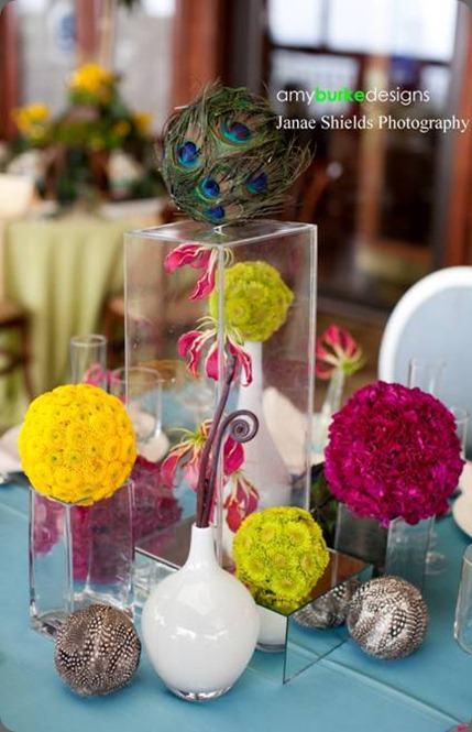 Amy-Burke-Designs-Fogarty-Winery-glass-box-centerpiece