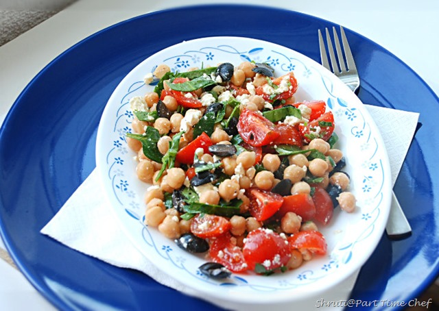 Chickpeas spinach salad 1175