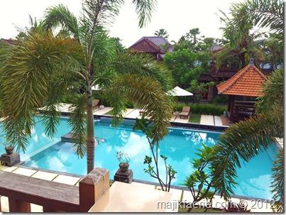 10 lush hotel