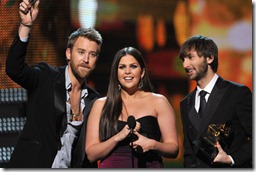 lady_antebellum_winners_2012_grammy_awards_17jh4vq-17jh4vt