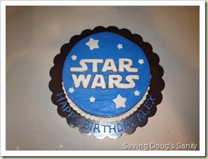 Star Wars Cake www.savingdougssanity.blogspot.com