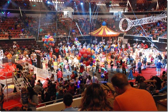 Circus 057