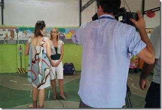 professora-melissa-microfone-educacao-infantil-transito-creche-escola-ladybug-recreio-rj