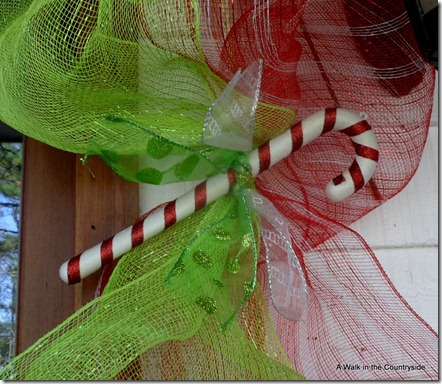 A Walk in the Countryside: Christmas Front Door in Candy and Mesh Ribbon