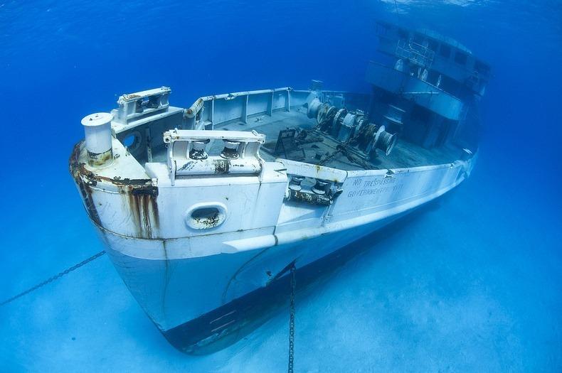 cayman-island-shipwreck-8