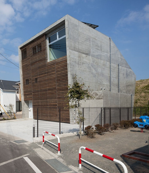 house in fuji by level architects 3