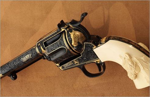 376383_pistolet_revolver_kolt_3341x2501_(www.GdeFon.ru)