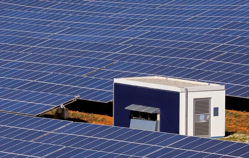 les-mees-solar-farm-6
