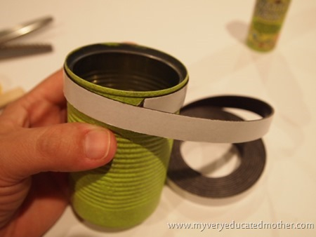 Magnetic Desk Caddie @mvemother #recyclecraft #magnetic #teachergift #teacherappreciation #crafting
