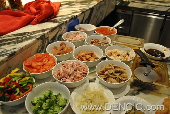 Cafe Ilang Ilang Buffet Manila Hotel 098