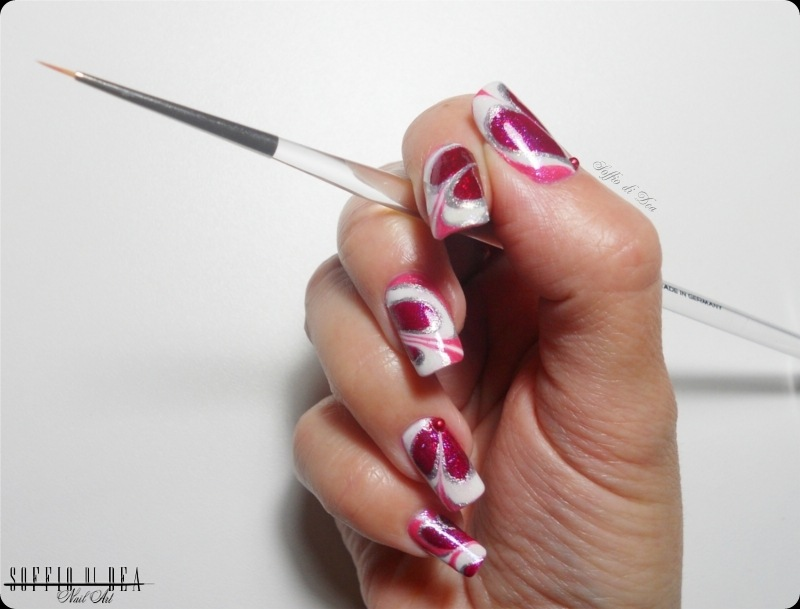 heart water marbleper love nails 2