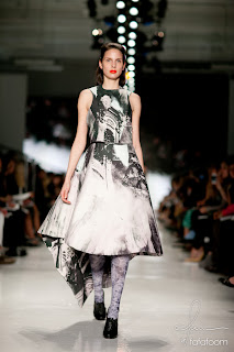 RenataLindroosMinaFadaieAAU2012 Academy of Art 2012 Graduate Fashion Show Review