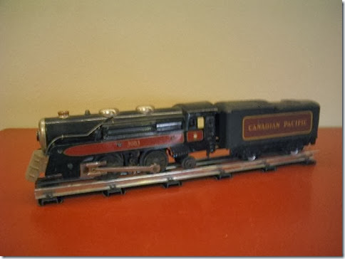 Marx #3000 Canadian Pacific Locomotive & Tender