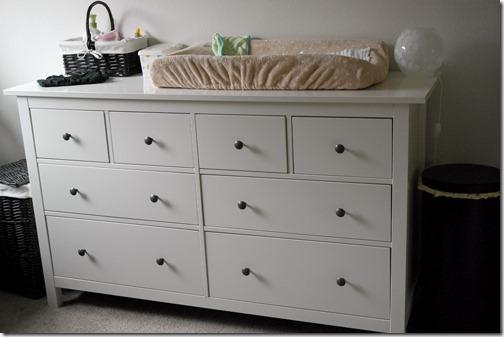 nursery_dresser2