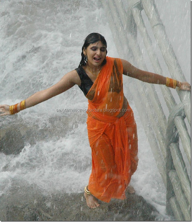 Actress_Monica_Hot_in_Wet_Dress_12