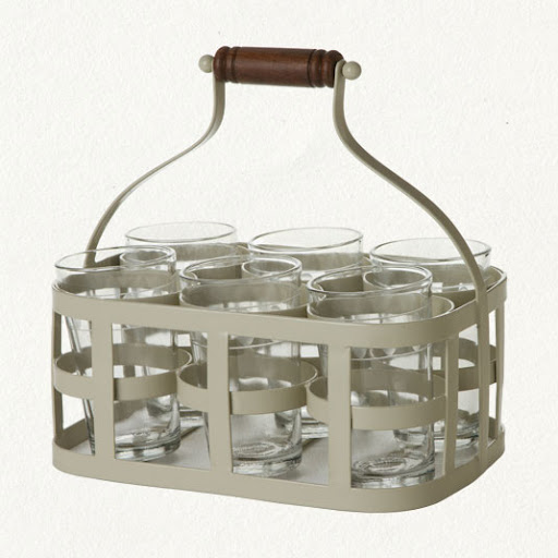 Mix up your drinks then easily transport them with this. (shopterrain.com)