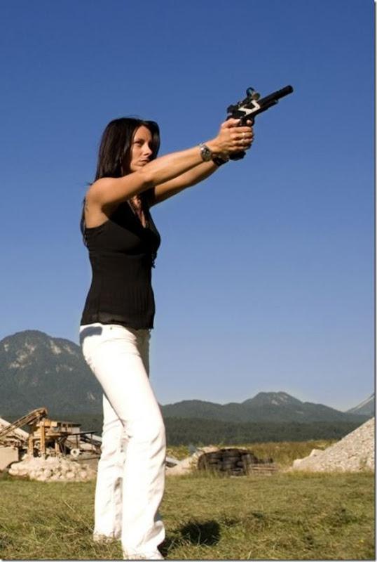 Mulheres com armas (6)