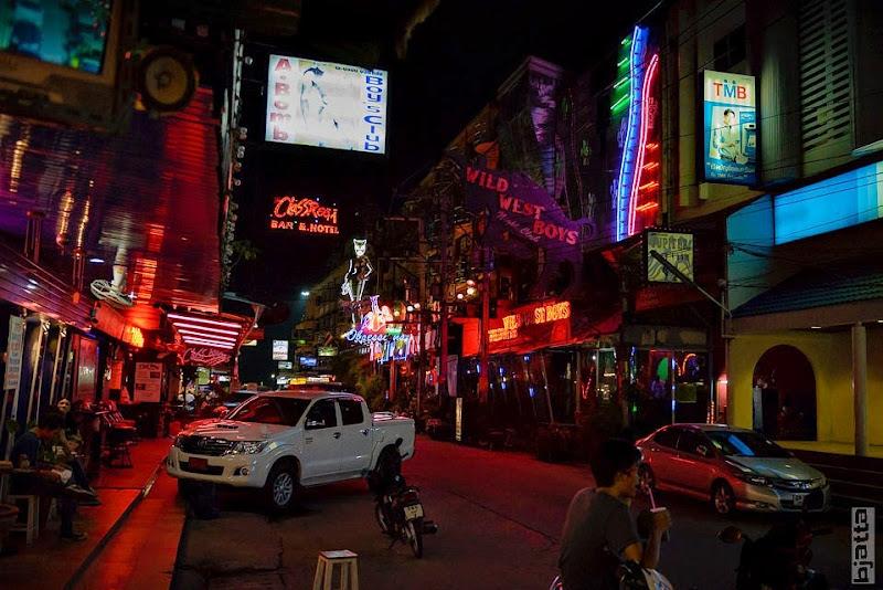 2557_Thailand_Pattaya_Jomtien_transport_tuk_tuk_tuck_tuck_taxi-33