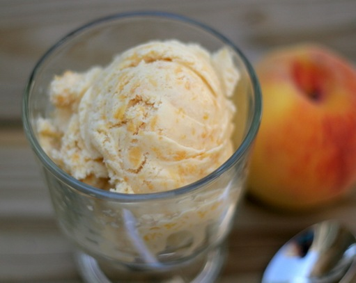 peach brown sugar ice cream 3