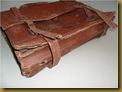Tas kulit onthel - bawah