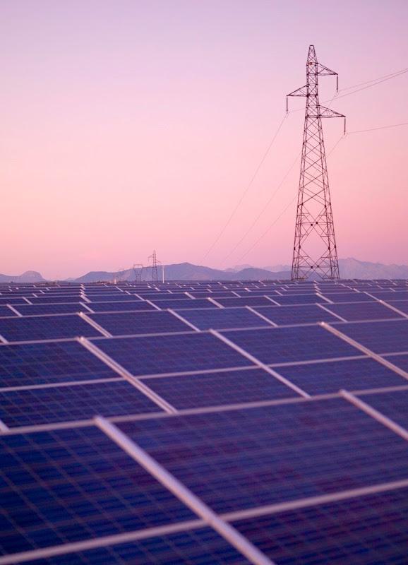 les-mees-solar-farm-1