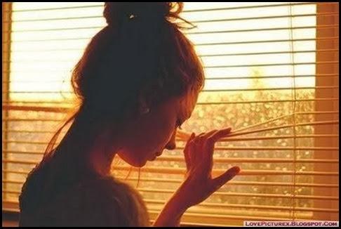 alone-girl-sad-broken-heart-cute-crying_large