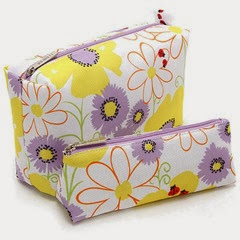 Clinique-Spring-2013-Ladybug-Cosmetic-Bag