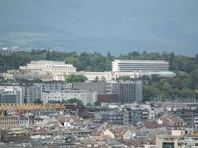 309 - Vistas desde la catedral de St. Pierre.JPG