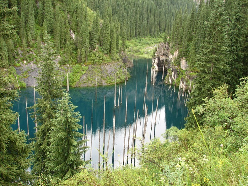 lake-kaindy-4